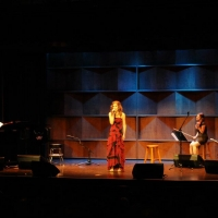 Isabelle Bujold sings